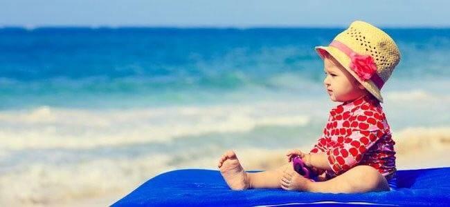 Путешествие с ребенком на море, что важно знать родителям